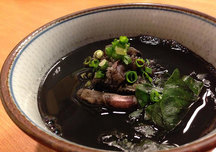 Суп из чернил кальмара