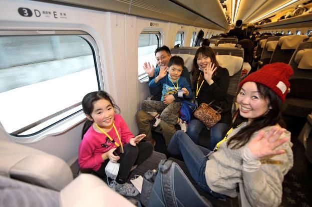 Пассажиры тестируют новый маршрут до Хоккайдо