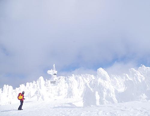 В Хатимантай находится популярный горнолыжный курорт Аппи Когэн