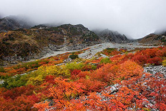 Национальный парк Тюбу-Сангаку в префектуре Нагано