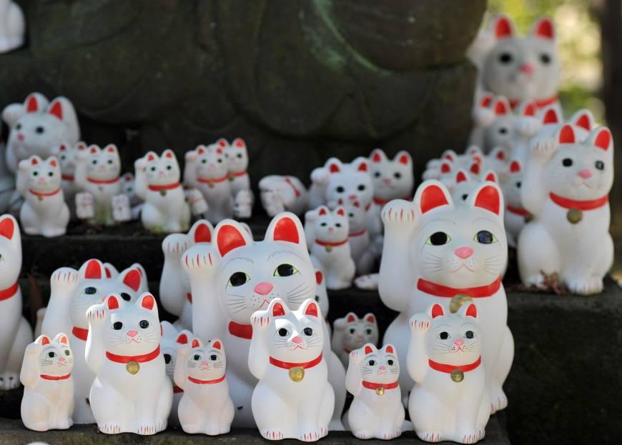 Кошки манэки-нэко храма Готоку-дзи