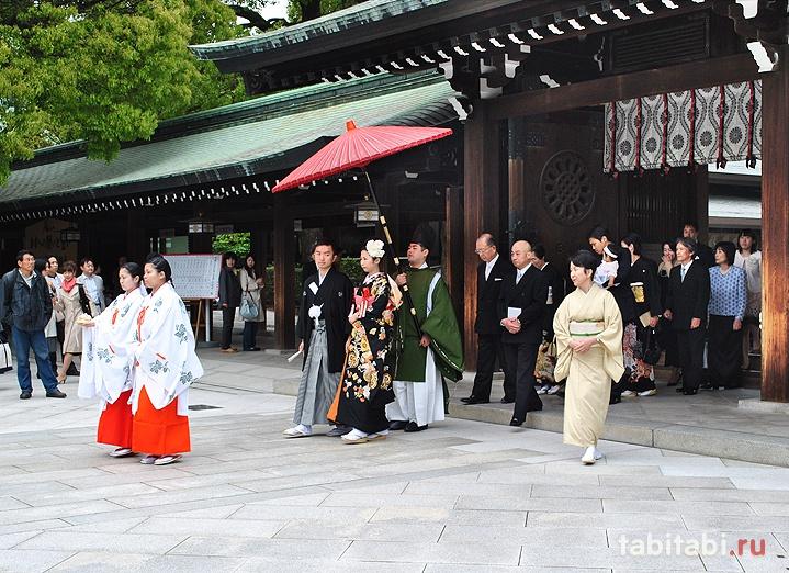 традиционная японская свадьба в храме Мэйдзи, Токио