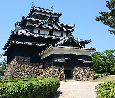 Главная башня замка Мацуэ