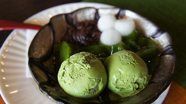 Мороженое с добавлением зелёного чая